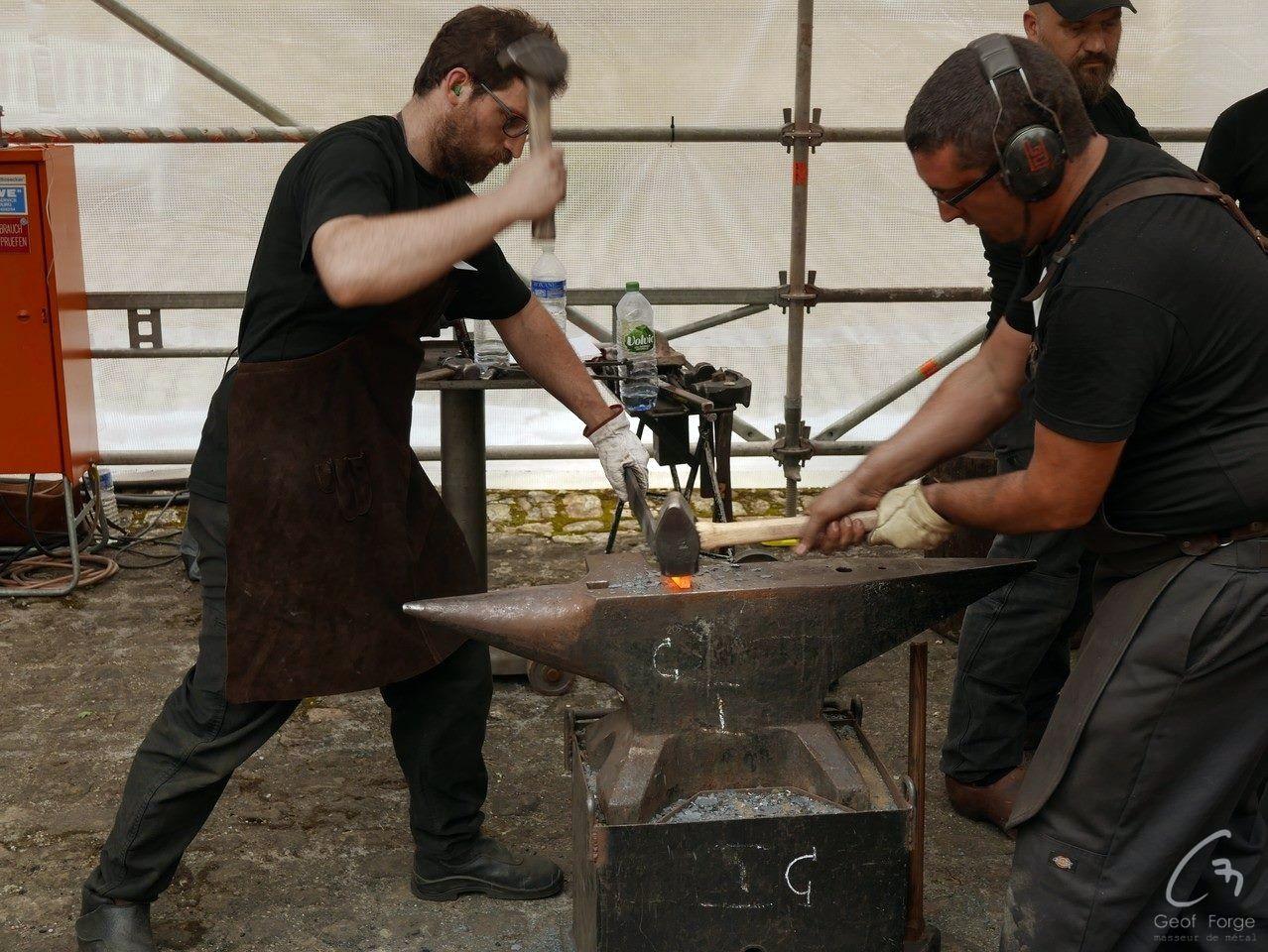 www.masseur-metal.fr - Geoffroy Weibel forgeron d'art, forge et metallerie contemporaine Strasbourg - forge Luxembourg