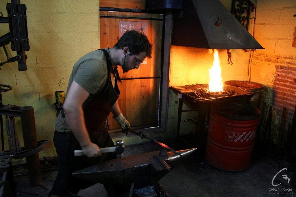 www.masseur-metal.fr - Geoffroy Weibel forgeron d'art, forge et metallerie contemporaine Strasbourg - stage outils (6)_resultat